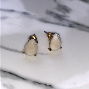 Jewelry - Cream teardrop earrings